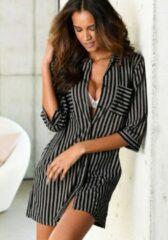 Zwarte LASCANA nachthemd in klassiek model