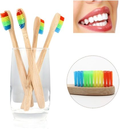Afbeelding van Bruine BTB products Bamboe Tandenborstel | Regenboog | 4 Stuks | Recyclebaar en Biologisch Afbreekbaar | Zacht / Medium | Voor Gevoelig Tandvlees