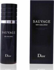 C. Dior Sauvage Very Cool Edt Spray Karton @ 1 Fles X 100 Ml