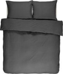 Antraciet-grijze ESSENZA Guy Dekbedovertrek Antraciet - Lits-jumeaux – 240x220 cm + 2 kussenslopen 60x70 cm