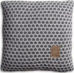 Antraciet-grijze Knit Factory Knitfactory Mila - Sierkussen - 50x50 cm - Antraciet/L. Grijs