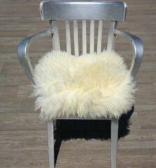Donja Eco schapenvacht stoel kussen wol wit met dikke vacht.