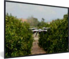 PosterMonkey Foto in lijst - Drone in de landbouw fotolijst zwart 90x60 cm - Poster in lijst (Wanddecoratie woonkamer / slaapkamer)