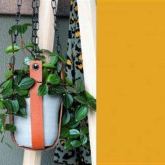Handles and more Leren plantenhanger | OPKERGEEL (i.c.m. zwarte ketting)