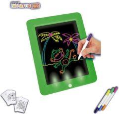Groene Tekentablet - tekenbord kinderen - Starlyf Fantastic Pad met Platen en 3 Stiften