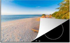Blauwe KitchenYeah Luxe inductie beschermer Caraiben - 80x52 cm - Caribisch strand met strandstoel - afdekplaat voor kookplaat - 3mm dik inductie bescherming - inductiebeschermer