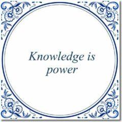 Witte De Tegeltjesfabriek Tegeltje met hangertje - Knowledge is power