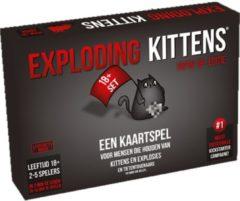 Asmodee Exploding Kittens NSFW Editie - Nederlandstalig Kaartspel