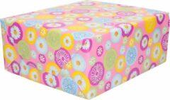 Duni 2x Inpakpapier / cadeaupapier roze met gekleurde bloemetjes 200 x 70 cm - margrietjes / madeliefjes - cadeauverpakking kadopapier