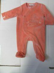 Oranje Pyjama Noukie's in velour , met 70% biokatoen, orange lola 9 maand 74