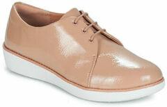 Beige Nette schoenen FitFlop DERBY CRINKLE PATENT