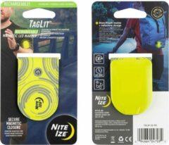 Groene Nite Ize TagLit Oplaadbare Magnetische Led Markeer Lampje Fluo Geel - Ledlampje voor op je T-shirt