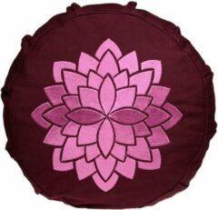 Bordeauxrode Yogi & Yogini Geborduurd Meditatiekussen Voor Kinderen (Afbeelding Lotus)