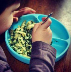 MinikOiOI Vakjes Bord met Zuignap - Groen Kleur: Groen