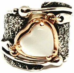 Marutti Zilveren ring met witte kattenoog steen