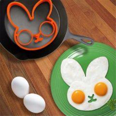 Oranje Favorite Things Siliconen bakvorm voor gebakken ei in de vorm van een konijn | Eier flipper mal | Eivorm