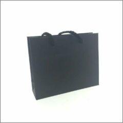Kadoonline Cadeau tasjes - gift bag - mat zwart - 16 +5 x 13 cm - 50 stuks
