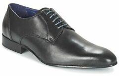 Zwarte Nette schoenen Carlington EMRONE