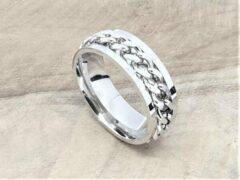 Zilveren Lili 41 Stoer edelstaal ringen met los schakel ketting in midden die je mee kan draaien ( ook wel stress ring genoemd) in midden, maat 21, deze ring is zowel geschikt voor dame of heer, verkrijgbaar in maat 16 t/m 25.