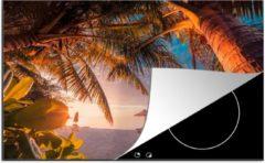 Blauwe KitchenYeah Luxe inductie beschermer Tropisch strand - 80x52 cm - Parasols met stoelen op strand - afdekplaat voor kookplaat - 3mm dik inductie bescherming - inductiebeschermer