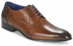 Bruine Nette schoenen Carlington EMRONE