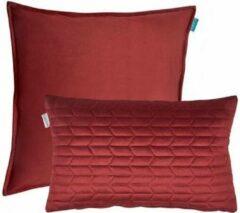 Bordeauxrode Kussoo Sierkussen Fluweel Uni Bordeaux Rood 50x50 & 30x50 cm Set van 2