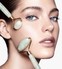 Groene Luxe Jade Roller met luxe bewaardoos. - Gezichtsroller - Anti acné - Anti donkere kringen - Anti wallen - Anti rimpels - Gezichtsmassage - Anti hoofdpijn - Afvalstoffen reiniger - Hoge kwaliteit Rose Quartz Roller