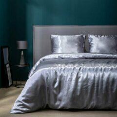 Witte Fresh&Co Fresh & Co - Eenpersoons Dekbedovertrek Silk Satin - Grijs 140x220 cm - Microvezel - Dekbedovertrek met kussensloop