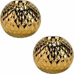 Goudkleurige Bellatio Decorations 2x Gouden theelichthouders/waxinelichthouders diamond 9,7 cm - Kaarsenhouders/lantaarns - Sfeer lichtjes