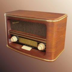 Roadstar HRA-1500/N Nostalgieradio FM/UKW auch für Batteriebetrieb