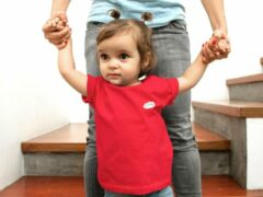 Rode Pixeline Fresh #Red 86/94 2 jaar - Kinderen - Baby - Kids - Peuter - Babykleding - Kinderkleding - T shirt kids - Kindershirts - Pixeline - Peuterkleding