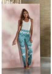Blauwe LASCANA Pyjamabroek, met grafisch zigzagpatroon