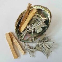"""Varada """"Reinig je huis"""" starter set met witte salie, palo santo en een abalone schelp - smudge kit"""