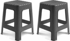 Forte Plastics 2x stuks rotan opstapje/krukje in het donkergrijs - 36 x 36 x 45 cm - Keuken/badkamer/slaapkamer handige krukjes/opstapjes