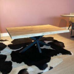 Damiware Eikenhouten Salontafel met boomstam effect met matrix-poot - 3 laags blanke Skylt 2k lak afwerking - Product Maat: 140x80cm