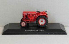 Champion Elan van het jaar 1956 1:43 Universal Hobbies 6026 Rood