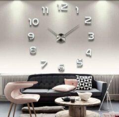 Premium Zilveren Moderne wandklok met Cijfers LW Collection / Zilveren Design Muurklok / Sticker 3D klok / Doe het zelf klok DIY met Plak stickers / Stickers Wandklok met Cijfers Zilver