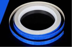 New Age Devi Reflecterende tape 8 meter x 1 cm breed - fiets - aanhangwagen -paal - Blauw Verhoogde Zichtbaarheid Veiligheid op de weg