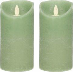 Anna's Collection 2x Jade Groene Led Kaarsen / Stompkaarsen 15 Cm - Luxe Kaarsen Op Batterijen Met Bewegende Vlam