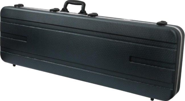 Afbeelding van Deze Fazley BC-500GD is speciaal gemaakt om jouw basgitaar veilig op te bergen en te vervoeren. Veiligheid gaat immers boven alles, zeker als het om jouw geliefde besnaarde vriend gaat. De koffer heeft TSA sluitingen.