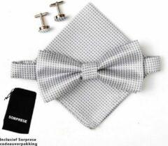 Vlinderstrik inclusief pochette en manchetknopen - Zilver - kleine ruit - Sorprese - luxe - vlinderdas - strik - strikje - pochet - heren