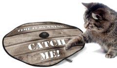 Bruine Ebi D&D Adventure Undercover kat en muis spel 60 cm - houtprint