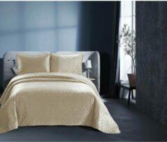 Creme witte Dreamhouse Bedsprei - Classico - Gewatteerd - Luxe uitstraling - Incl. Kussenslopen - Zand