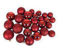 MaxiMondo Christmas Gifts Kerstballen In Opbergbox - 70 Stuks - Onbreekbaar - Mat, Glanzend, Glitter - Rood