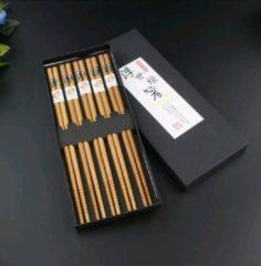 Bruine Davim 5 paar Bamboe Chopsticks in een mooie geschenkverpakking - Sushi - Giftset