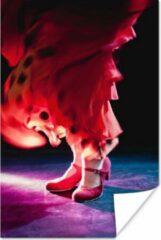 PosterMonkey Een flamenco danser met rode jurk poster 80x120 cm - Foto print op Poster (wanddecoratie woonkamer / slaapkamer)