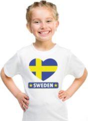 Shoppartners Zweden kinder t-shirt met Zweedse vlag in hart wit jongens en meisjes L (146-152)