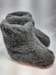 Geen merknaam Schapenwollen sloffen grijs maat 37 100% natuurproduct comfortabele nieuwe luxe sloffen direct leverbaar handgemaakt