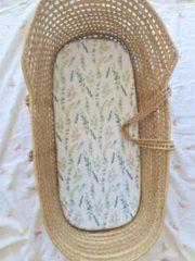 Groene Styled by Sky Kinderwagen hoeslaken / Mozesmand hoeslaken / Hoeslaken voor ovale matrasjes
