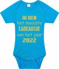 Merkloos / Sans marque Baby rompertje met leuke tekst | Ik ben het mooiste cadeautje van het jaar 2022 |zwangerschap aankondiging | cadeau papa mama opa oma oom tante | kraamcadeau | maat 68 blauw goud